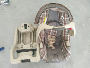 Car Seat - Graco for Sale in Taylors, SC