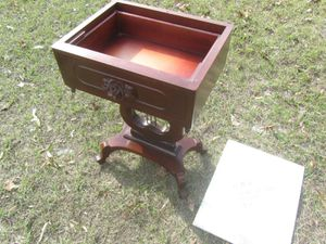 Antique table for Sale in Anderson, SC
