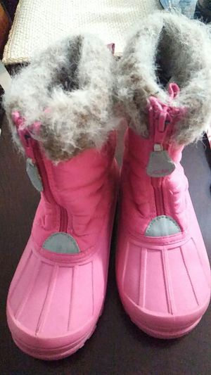 Girls Size 13 snow boots for Sale in Palm Springs, FL