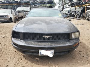 PARTING OUT 2005 2006 2007 2008 2009 FORD MUSTANG 4.0L 4.0 ENGINE MOTOR TRANSMISSION for Sale in San Bernardino, CA