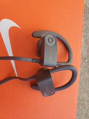 Powerbeats 3 for Sale in Houston, TX