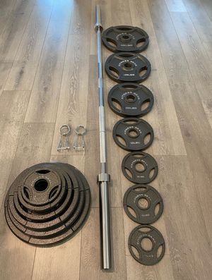 300lb Olympic Weights +7 ft 45lb Olympic bar (brand New) for Sale in Riverside, CA