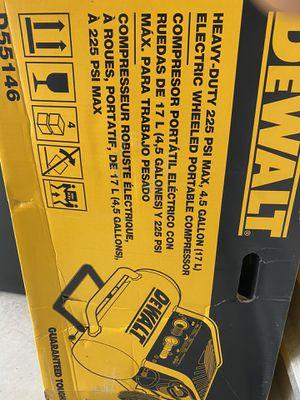 DeWalt Compressor D55146 4.5 gallon Electric for Sale in Laurel, MD