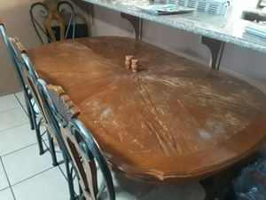Table and Chairs for Sale in Bakersfield, CA