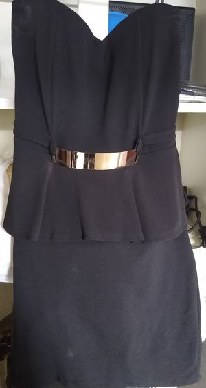 Black Dress With Gold Belt for Sale in San Antonio, TX