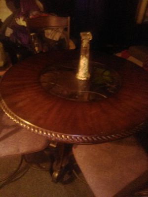 Stylish dining room table and chairs for Sale in Taylor, MI