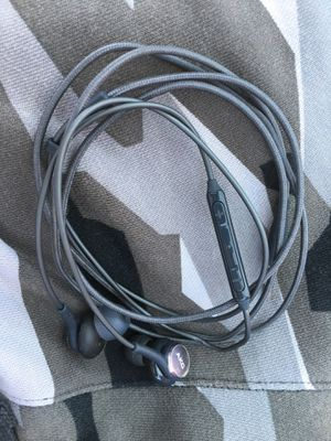 Samsung earbuds for Sale in Hanford, CA