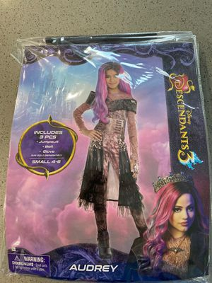 youth girls descendants Audrey costume for Sale in Tualatin, OR