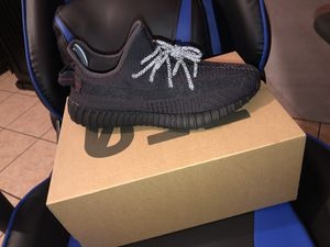 Yeezy Black Static for Sale in Fontana, CA