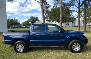 2006 Toyota Tacoma Automatic RWD • MPG:City 18 /HWY 22 •New Tires & Alloys Wheels • 4.0L V6 Engine Perfect • 4x2 240k Miles •Original Painting for Sale in Orlando, FL