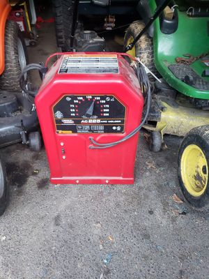Lincon ac225 welder comes with rods for Sale in Mill Hall, PA