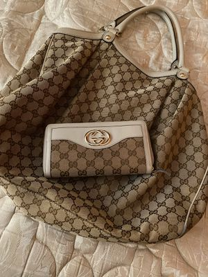 Gucci bag with wallet for Sale in Glendale, CA
