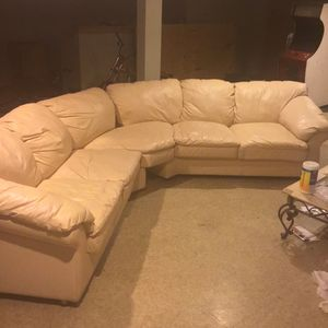 Very comfortable Salmon 3 sectional leather coach perfect for a home of recreation. for Sale in Chicago, IL