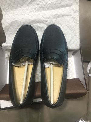 GUCCI Bees 🐝 design with grained leather loafers for Sale in Redlands, CA