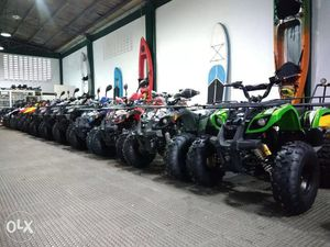 New Gas ATV Fully Automatic 125cc Up 40 mph Warehouse open to public for Sale in Chicago, IL
