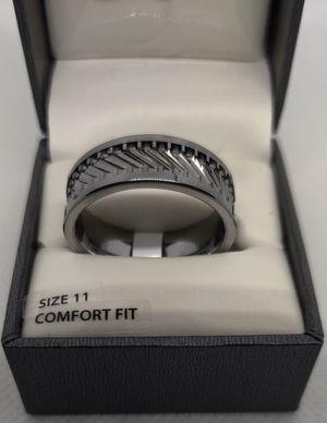 Men's tungsten 8 mm gear pattern GRAY wedding ring men's ring size 11 for Sale in Phoenix, AZ