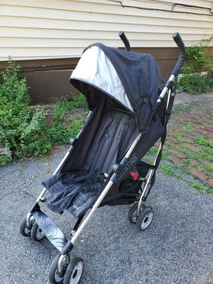 Summer Infant 21930A Convenience Stroller - Black 2015 3Dlite for Sale in Staten Island, NY