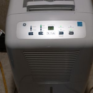 GE. :::::70'''''PINT. DEHUMIDIFIER for Sale in Cleveland, OH