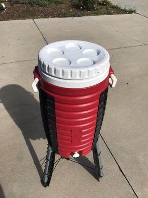 Cooler with stand for Sale in Moreno Valley, CA