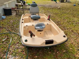 small boat for Sale in Highlands, TX