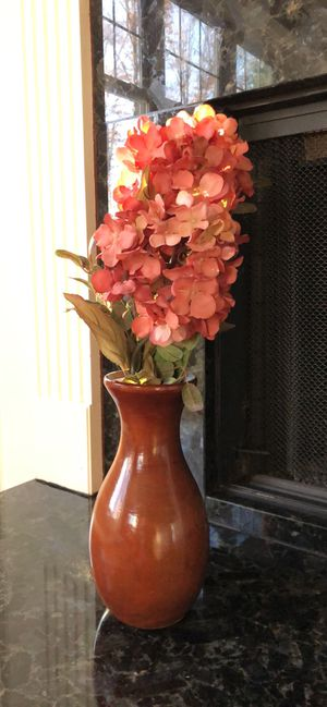 Wooden Vase with Hydrangeas for Sale in Aurora, OH