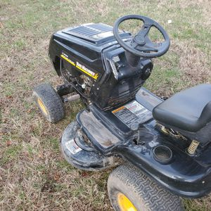 Mtd Yardmachine Riding Lawnmower Runs Great for Sale in Virginia Beach, VA