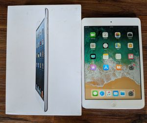 Apple ipad Mini 2, 2nd Generation. Wi-Fi + cellular unlocked, 32gb retina icloud unlocked 7.9-inch tablet for Sale in New York, NY