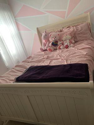 Full Bedroom Set for Sale in Kissimmee, FL