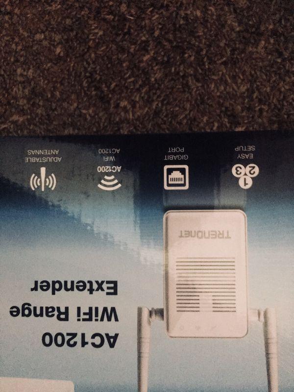 Wireless AC WiFi range extender AC1200
