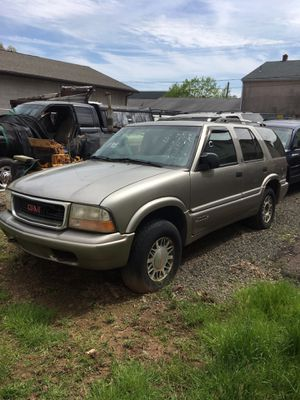2001 GMC Jimmy part out for Sale in Meriden, CT