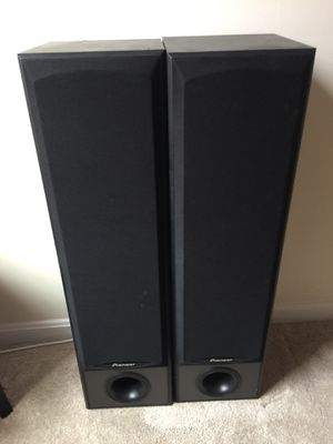 For sale pioneer speakers interested please text or reply,Asking $75 or B O for Sale in Alexandria, VA