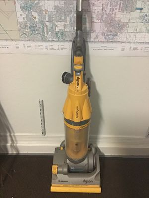 Upright root cyclone vacuum by Dyson for Sale in Queen Creek, AZ
