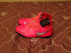 Nike Phantom Vision Turf Soccer Shoes Size 5 for Sale in Las Vegas, NV