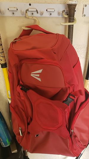 Brand new easton baseball backpack for Sale in Oak Glen, CA