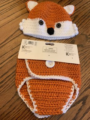 So adorable Hand Crocheted Diaper Cover and Matching Hat - Size 0-6m for Sale in St. Louis, MO