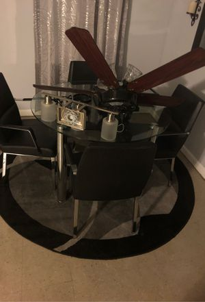 Dinning table for Sale in Vero Beach, FL