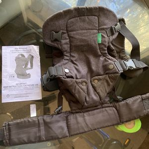 Infantino Baby Carrier for Sale in Silverado, CA