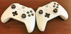 Two Xbox one wireless Bluetooth controllers work great for Sale in Renton, WA