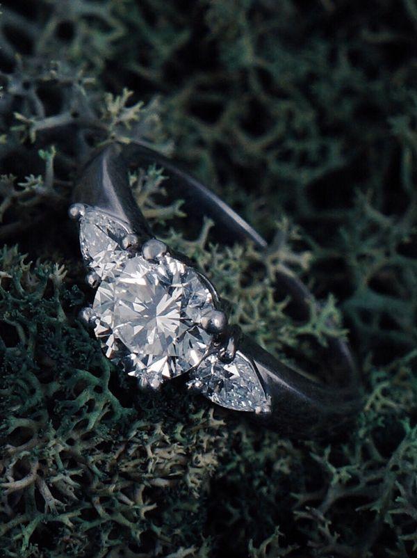 Platinum 3 Stone 1.69cttw Diamond Wedding Engagement Estate Ring
