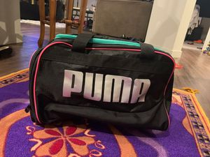 New puma bag worn once for Sale in Garden Grove, CA