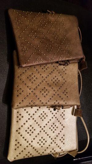 Cross body small purse for Sale in Chicago, IL