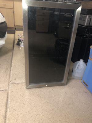 Danby mini fridge for Sale in Phoenix, AZ