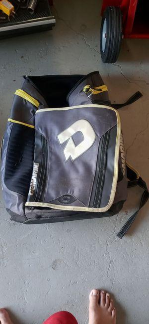 DeMarini softball bag for Sale in Orlando, FL