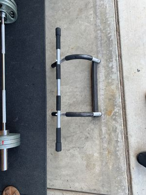 Pull up bar 25$ for Sale in Fowler, CA
