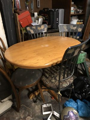 Breakfast table for Sale in Cleveland, OH