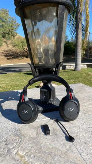 HYPER X CLOUD WIRELESS HEADPHONES FOR PC AND PS4 for Sale in Yorba Linda, CA