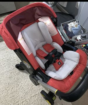 Doona car seat stroller for Sale in Brooklyn, NY