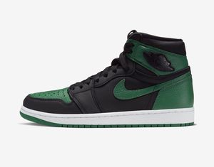 Air Jordan 1 high. Pine green. Size 6.5x2 size 8 for Sale in Queens, NY