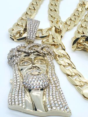 14kt Gold Plated Big ICED Out Jesus Pendant and Chain (💯 BEST GOLD PLATING ON THE MARKET ☝GUARANTEED👌!) for Sale in LAKE CLARKE, FL