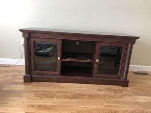 Wooden TV Stand for Sale in Sterling Heights, MI